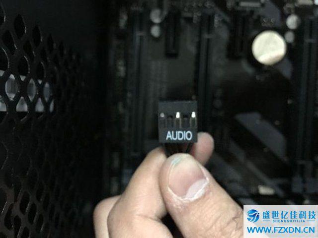 自己组装电脑教程:DIY小白装机最新最详细的台式电脑组装教程图解